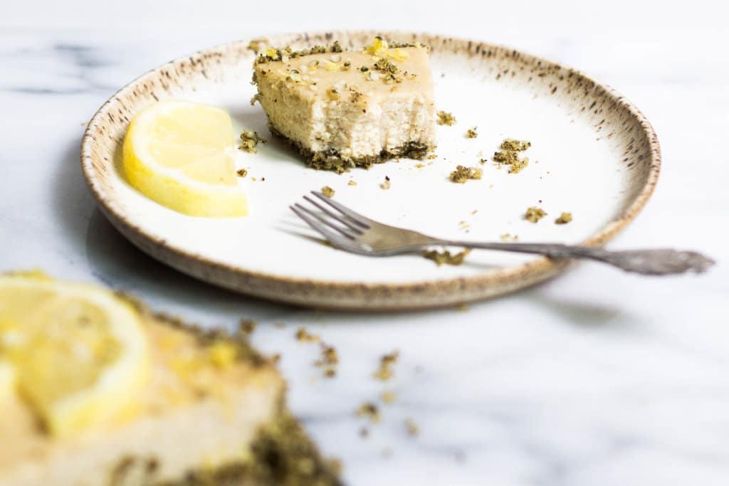 Lemon & Hemp Vegan Cheesecake (Grain-free, Gluten-free, Dairy-free)