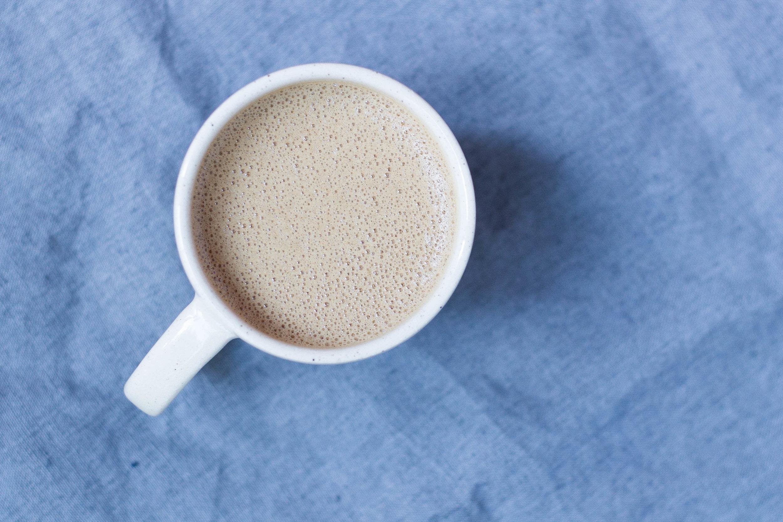 Mushroom Lattes (dairy-free, caffeine-free) & Crowding out Caffeine