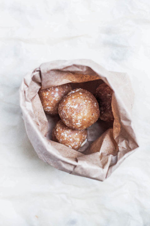 Banana Bread Protein Balls (AIP, Paleo & Gluten-free) via Food by Mars