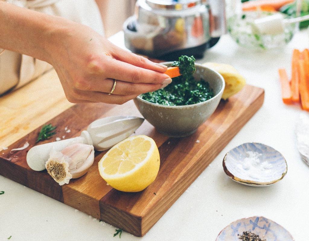 How to make dairy-free pesto (Recipe Template)