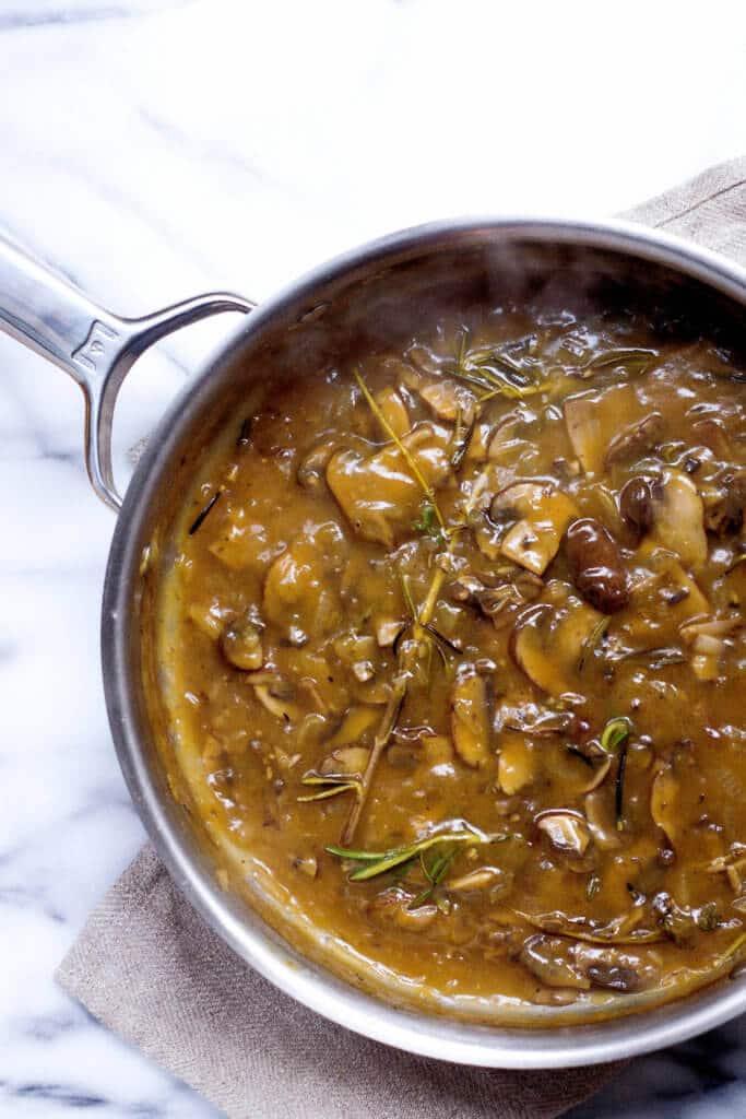 herbed mushroom gravy via food by mars