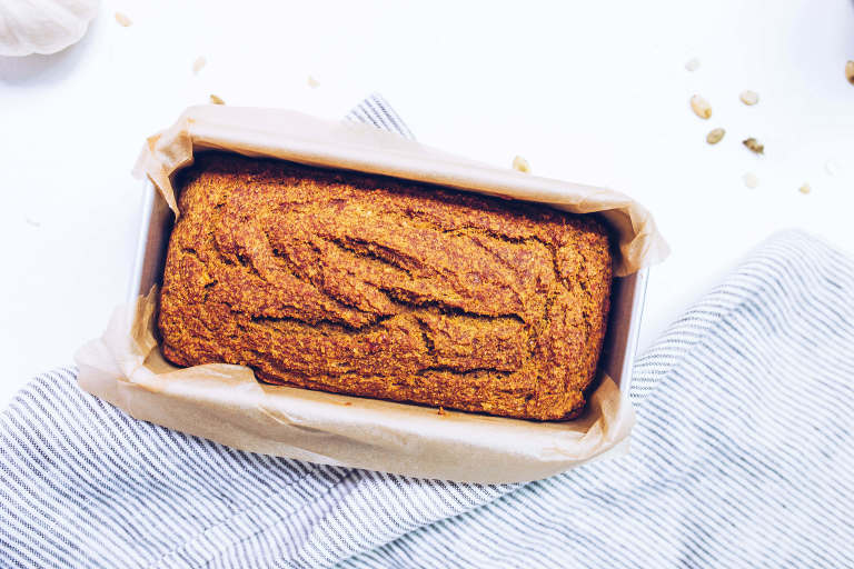 Paleo Pumpkin Banana Bread (refined sugar-free, gluten-free, grain-free) via Food by Mars
