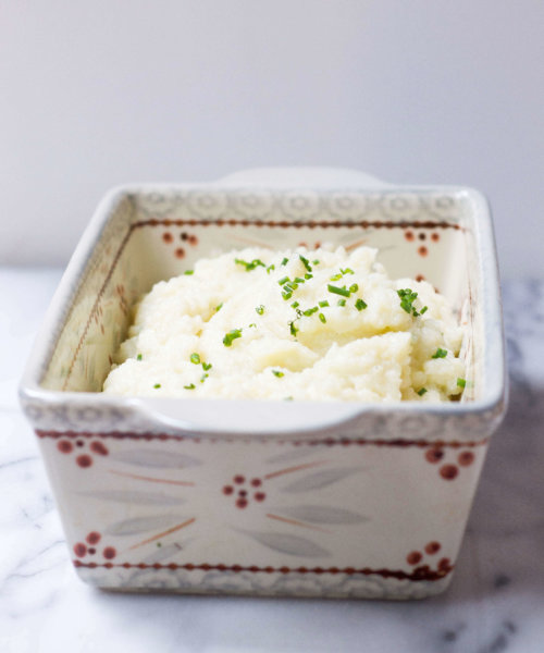 creamy mashed cauliflower with chives