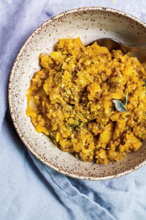 Paleo Dirty Pumpkin & Sage Risotto (AIP, Grain-free, Gluten-free) via Food by Mars