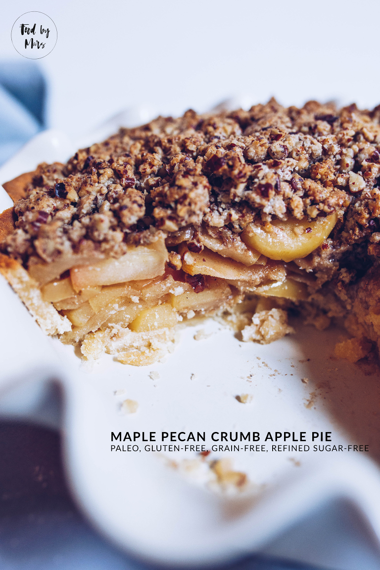 Paleo Maple Pecan Crumb Apple Pie via Food by Mars (paleo, gluten-free, refined sugar-free)
