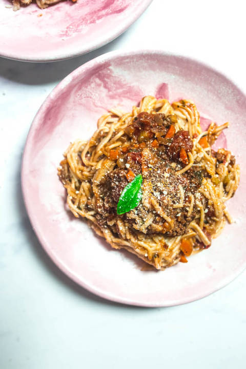 easy bolognese sauce via Food by Mars (paleo, Whole30)