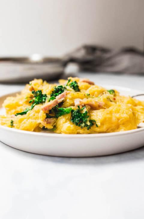 spaghetti squash alfredo via Food by Mars (paleo, AIP, dairy-free)
