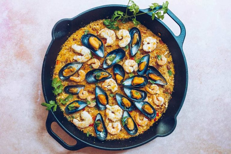 Paleo Paella (Whole30, low-carb)