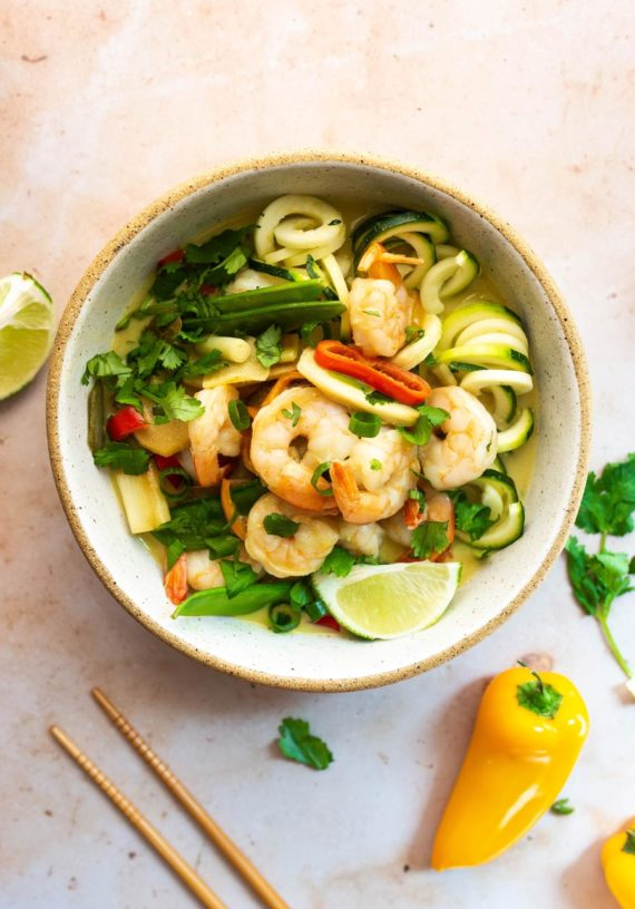 Green Coconut Curry with Shrimp (Paleo, Whole30) via Food by Mars