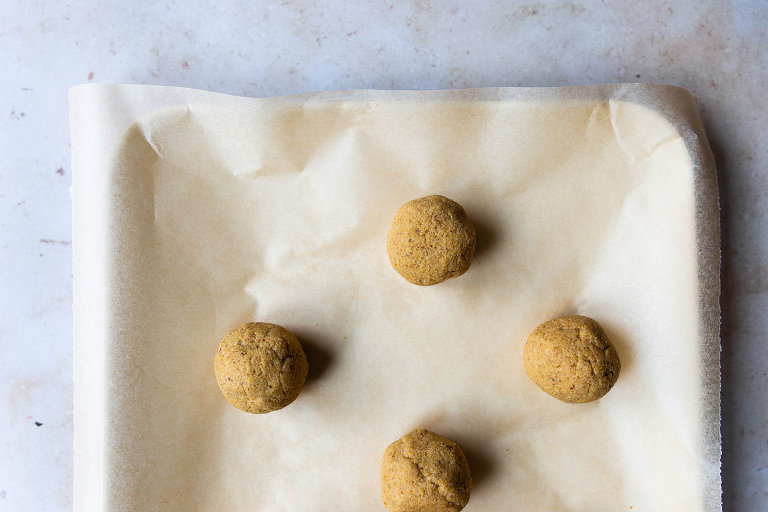 Raw Pumpkin Banana Truffles via Food by Mars (Paleo, Vegan, AIP-friendly)