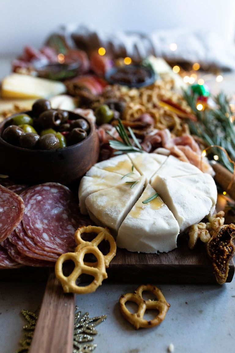 4-Steps to Build a Grain-free Charcuterie Board via Food by Mars