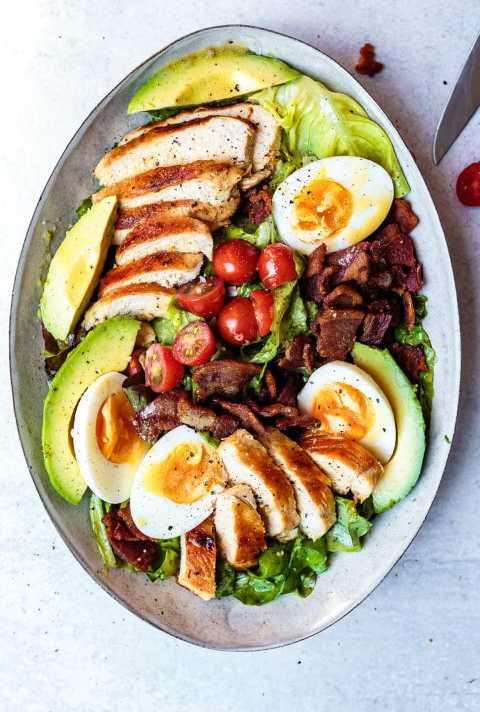 how to make chicken cobb salad recipe
